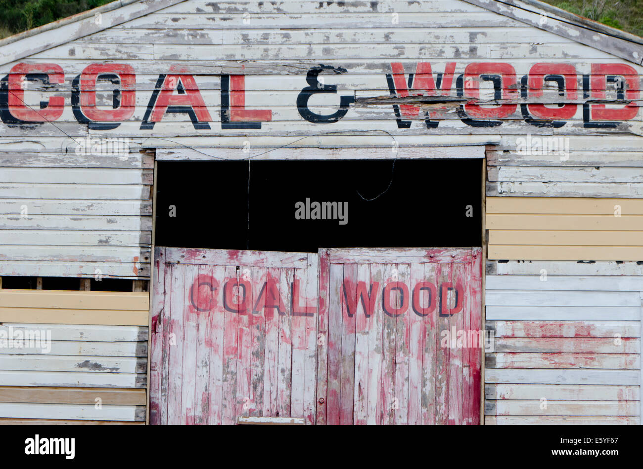 Coal and Wood depot, Mangaweka, Rangitiki, North Island, New Zealand - Stock Image