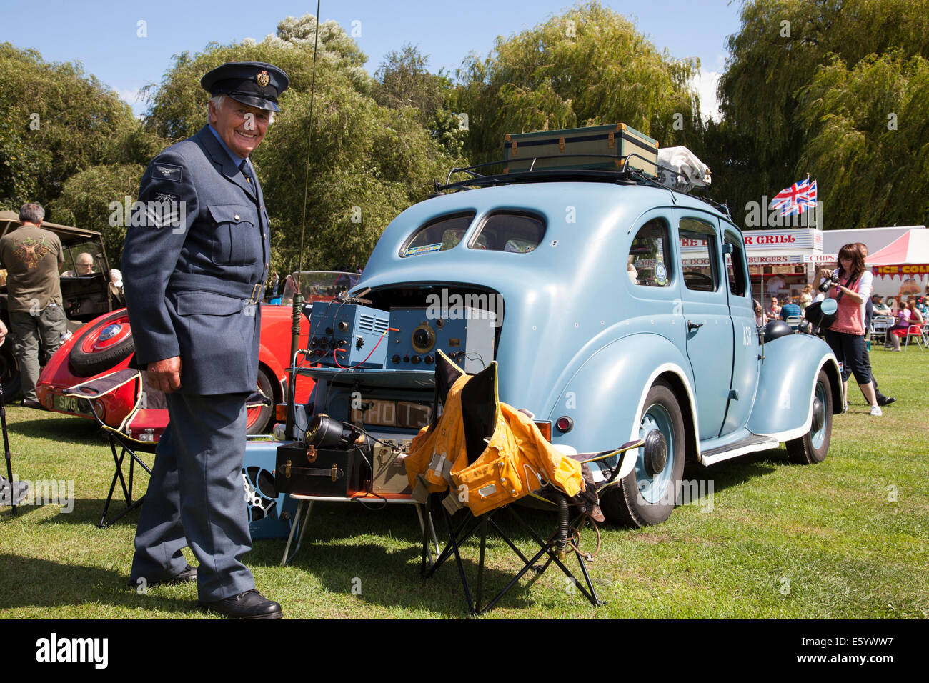 Retford, Nottinghamshire, UK. 9th August, 2014. A participant of the first Retford War Weekend dressed in World - Stock Image