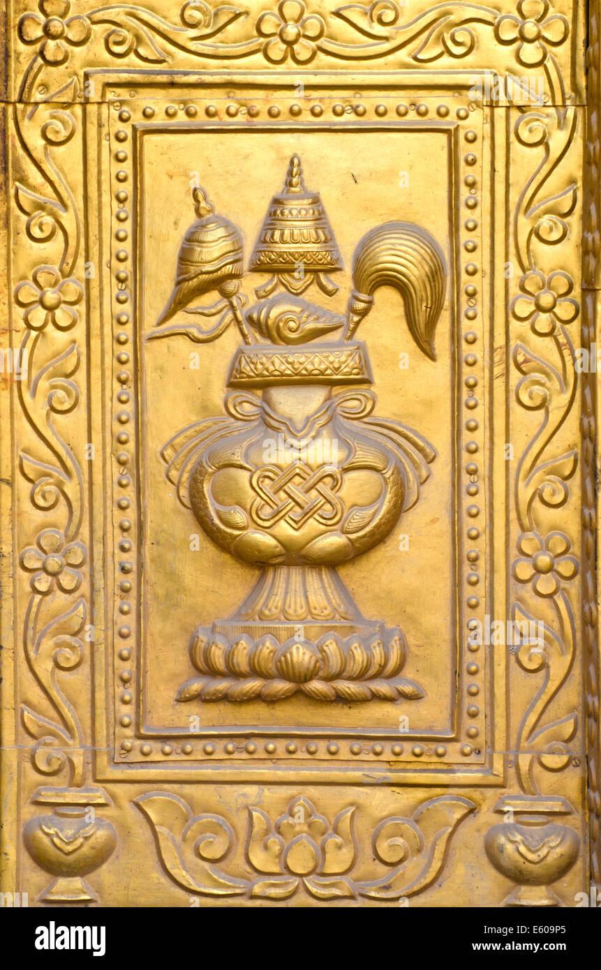 golden gilded asian temple door ornamental ornate fragment Stock ...