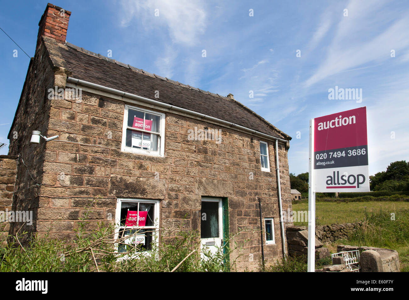 A cottage for sale by auction in Derbyshire, England, U.K. - Stock Image
