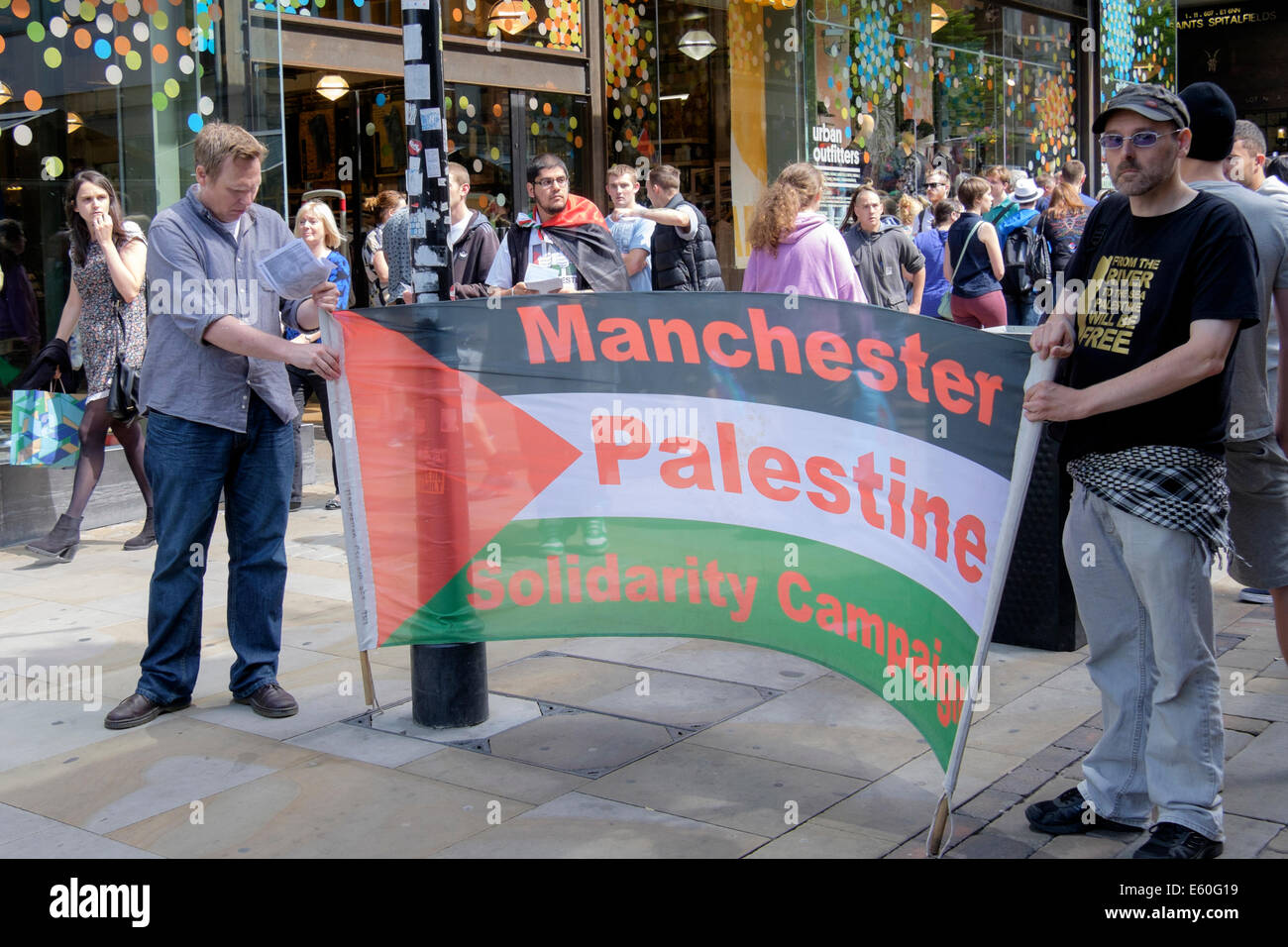 Manchester, UK. 9th August 2014. Manchester Palestine Solidarity Campaign support the Pro Palestinian demonstration - Stock Image