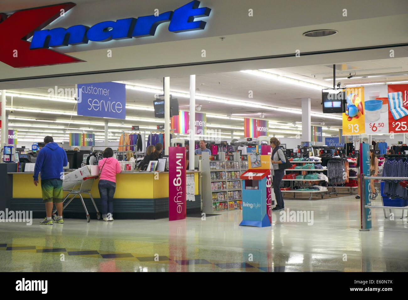 How Many Stores Does Sears Have Left? - 24/7 Wall St.