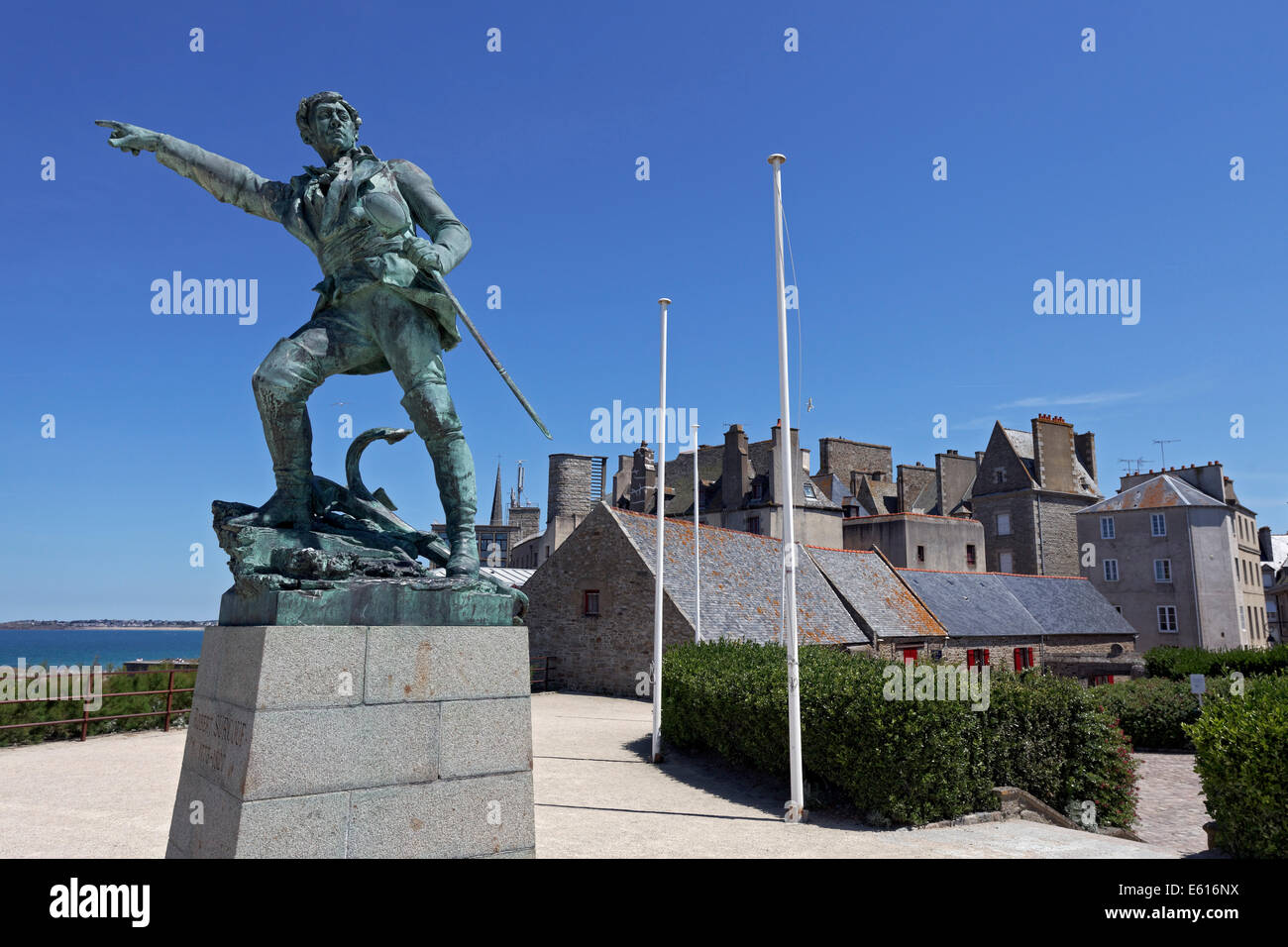 Statue of the privateer captain Robert Surcouf on the city's fortifications, Intra Muros, Saint-Malo, Ille-et - Stock Image