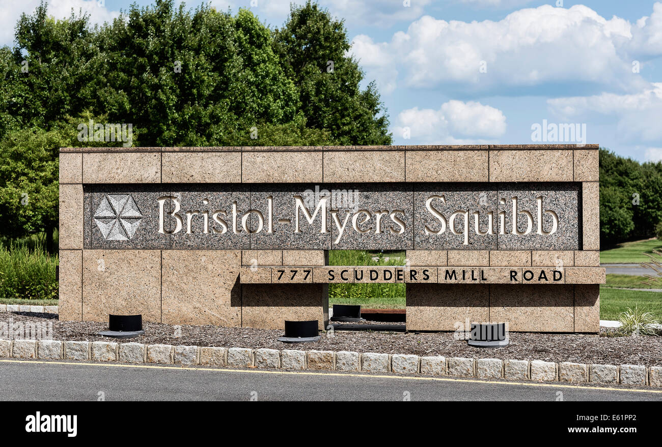Bristol-Myers Squibb R&D operations site, Princeton, New Jersey, USA - Stock Image