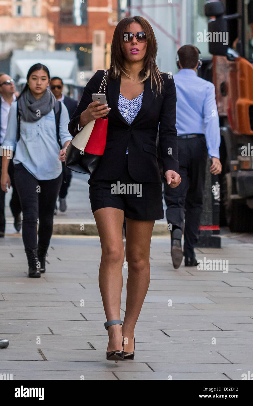 London, UK. 12th Aug, 2014. Nawal Msaad arrives at Old Bailey court on terrorism charges Credit:  Guy Corbishley/Alamy - Stock Image
