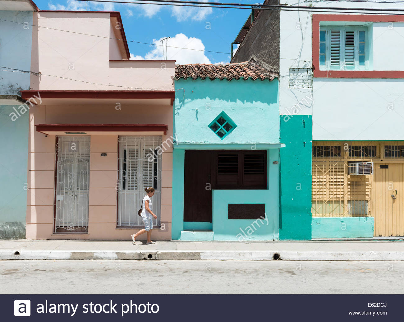Despite the scorching heat in Cuba many do not protect themselves from the ultraviolet rays. - Stock Image
