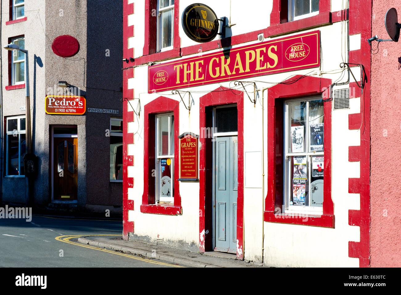 Pub - The Grapes - in Workington, West Cumbria, England UK - Stock Image