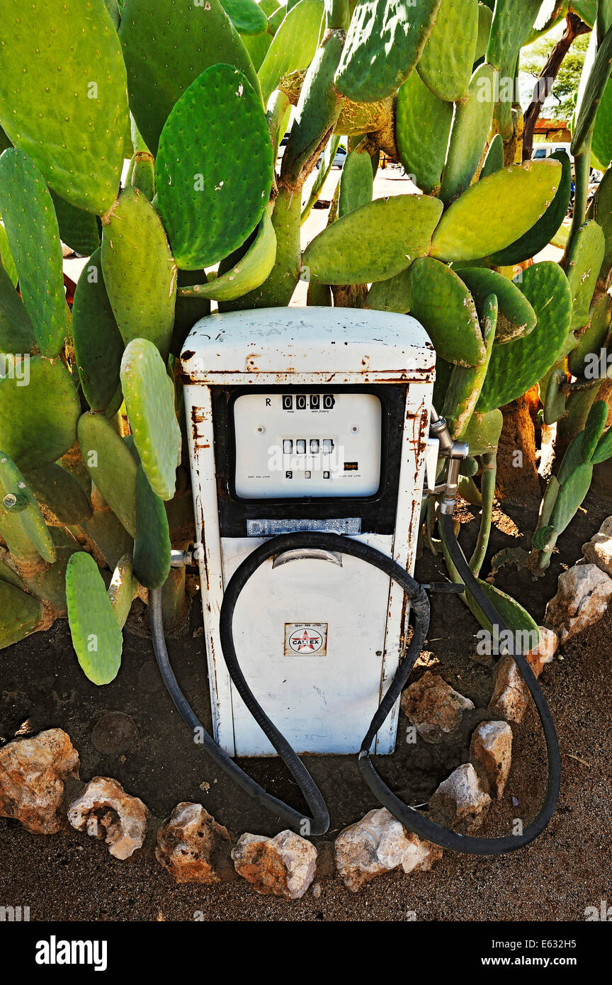 Old gas pump, Solitaire, historically Areb, since 1848, small private settlement on the same name farm - Stock Image