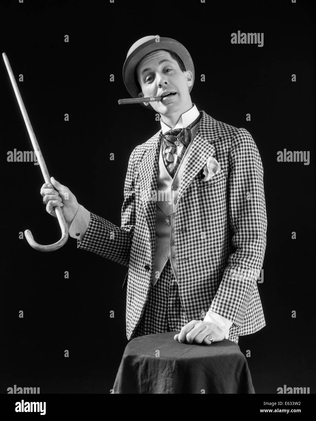 4f26258371f 1910s 1920s CHARACTER CON MAN BARKER BOWLER HAT LOUD VAUDEVILLE TYPE  CLOTHES POINTING CANE SMOKING CIGAR CONFIDENCE GAME