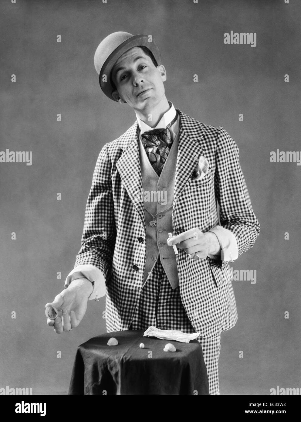 a0efee2a50e 1910s 1920s CHARACTER CON MAN BARKER BOWLER HAT CHECKED THREE PIECE SUITE  DEMONSTRATING SHELL GAME
