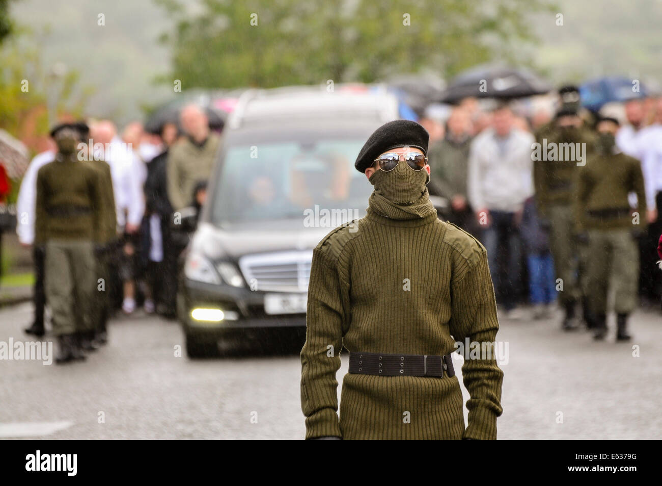 Belfast, Northern Ireland. 13 August 2014. Paramilitary funeral of veteran IRA volunteer Tony Catney Credit:  Stephen Stock Photo