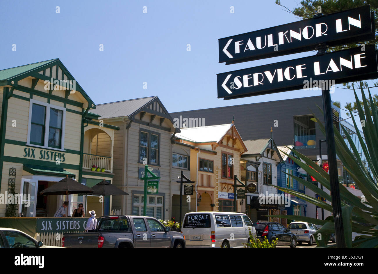 Street scene at Napier in the Hawke's Bay Region, North Island, New Zealand. - Stock Image