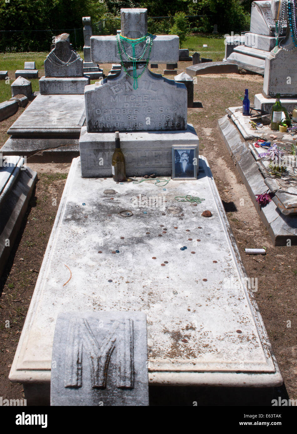 Gypsy family graves at a cemetery in Meridian Mississippi - Stock Image