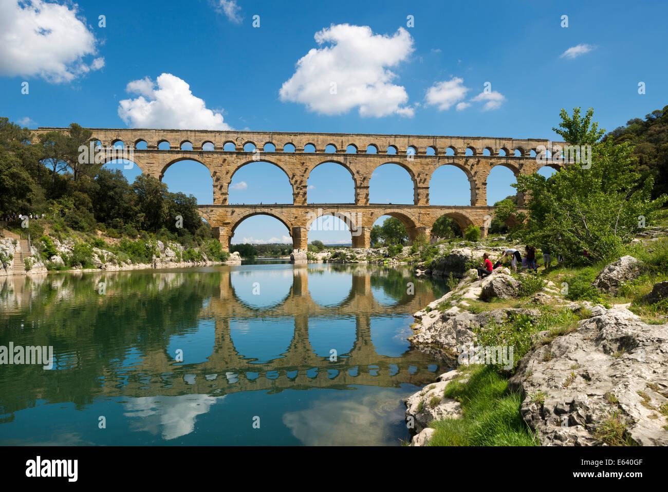Pont du Gard, Roman aqueduct, UNESCO World Heritage Site, over the Gardon River, Vers-Pont-du-Gard, Département - Stock Image