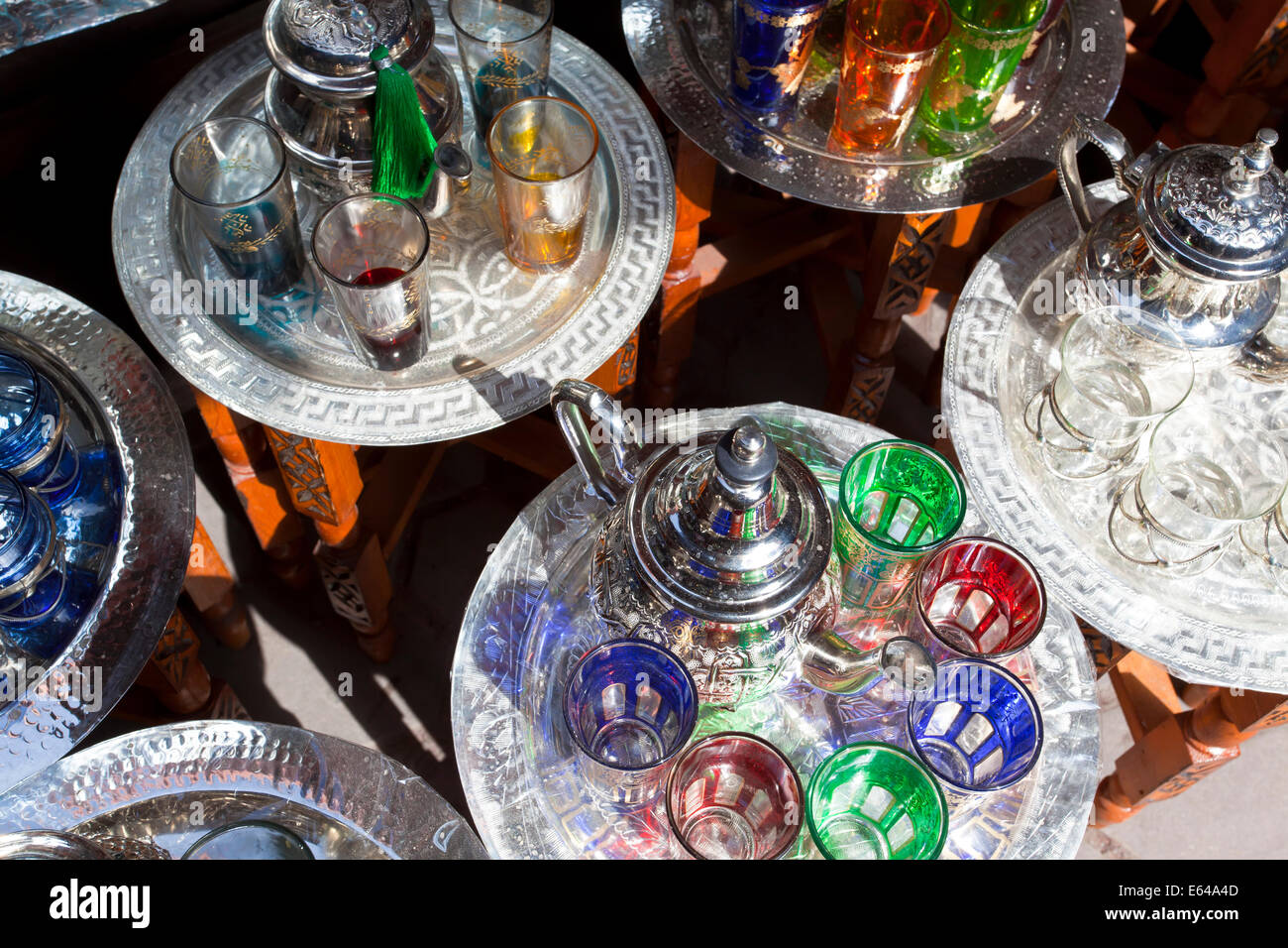 Pots of mint tea & glasses, The Souk, Marrakech, Morocco - Stock Image