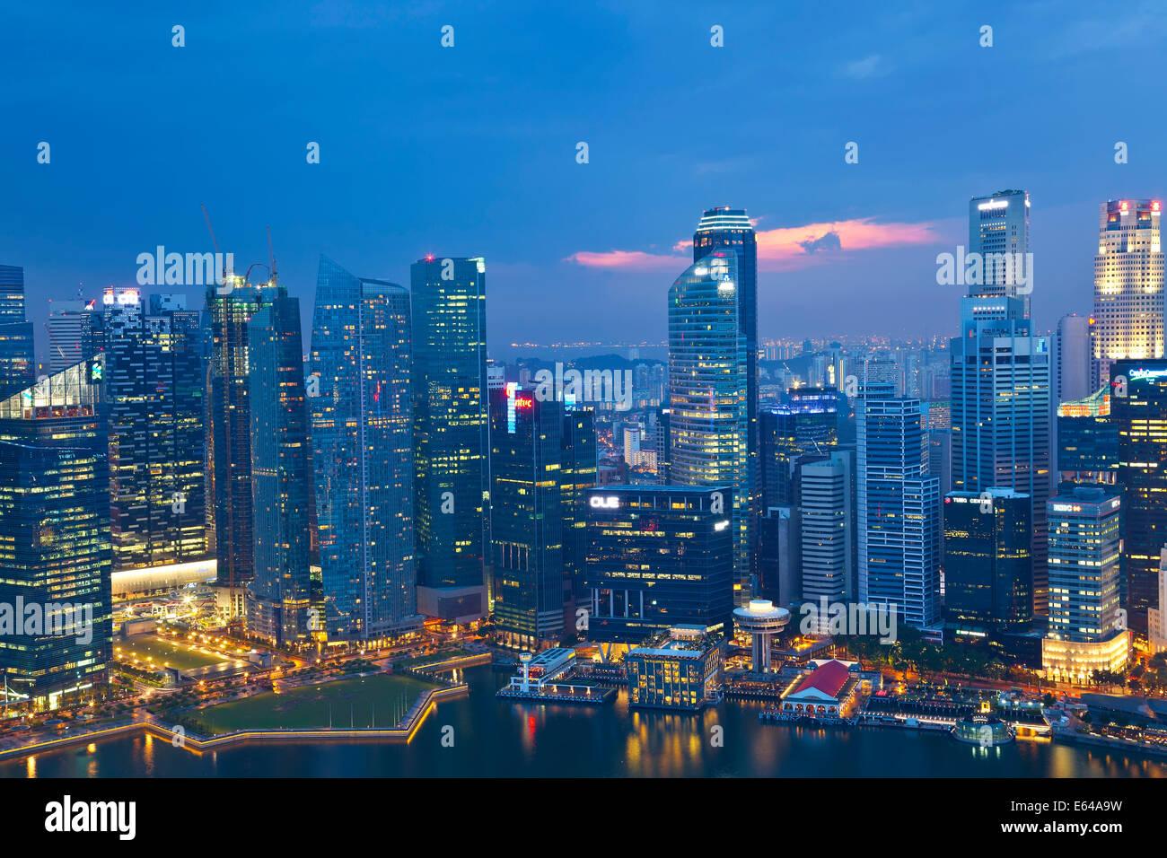 Singapore skyline at dusk, Singapore, SE Asia Stock Photo