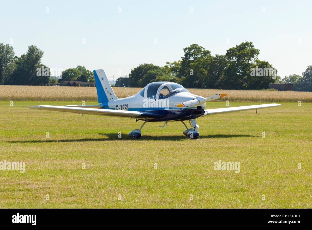 TECNAM P2002-EA SIERRA microlight aeroplane - Stock Image