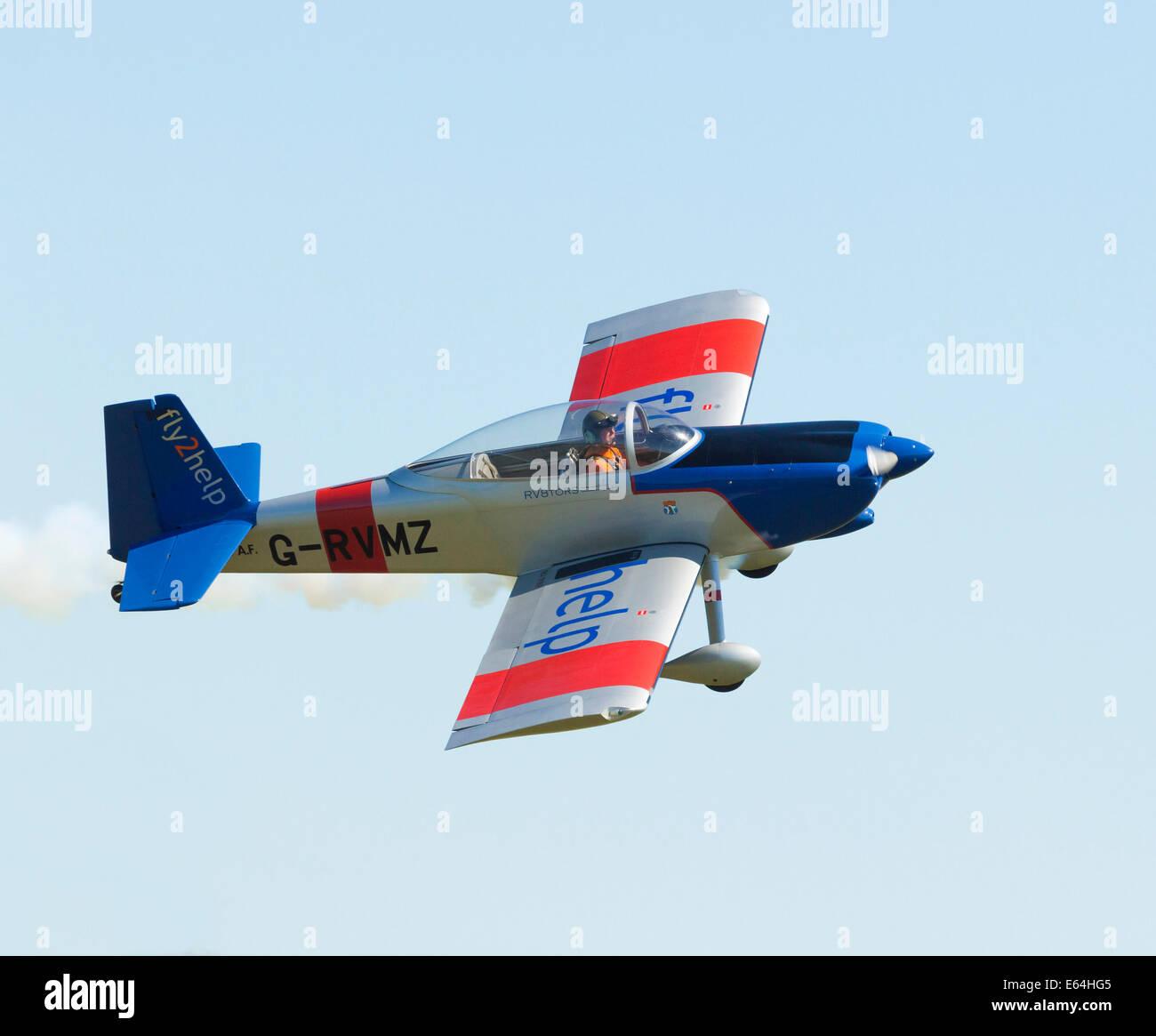 VANS RV-8 aircraft in aerobatic display in the UK - Stock Image