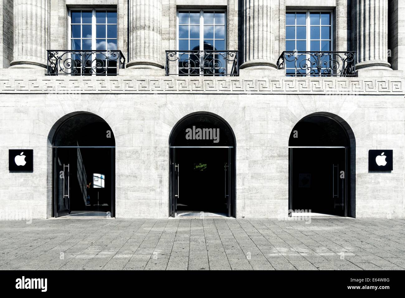 BERLIN, GERMANY- AUGUST 06,  2014: Facade of the first Apple store in Germany,  at the Kurfuerstendamm  in Berlin - Stock Image
