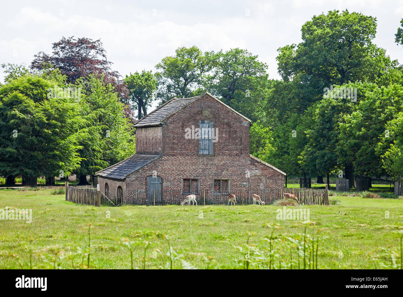18th century Deer House, Dunham Massey Hall and Park, Altrincham, Greater Manchester Cheshire - Stock Image