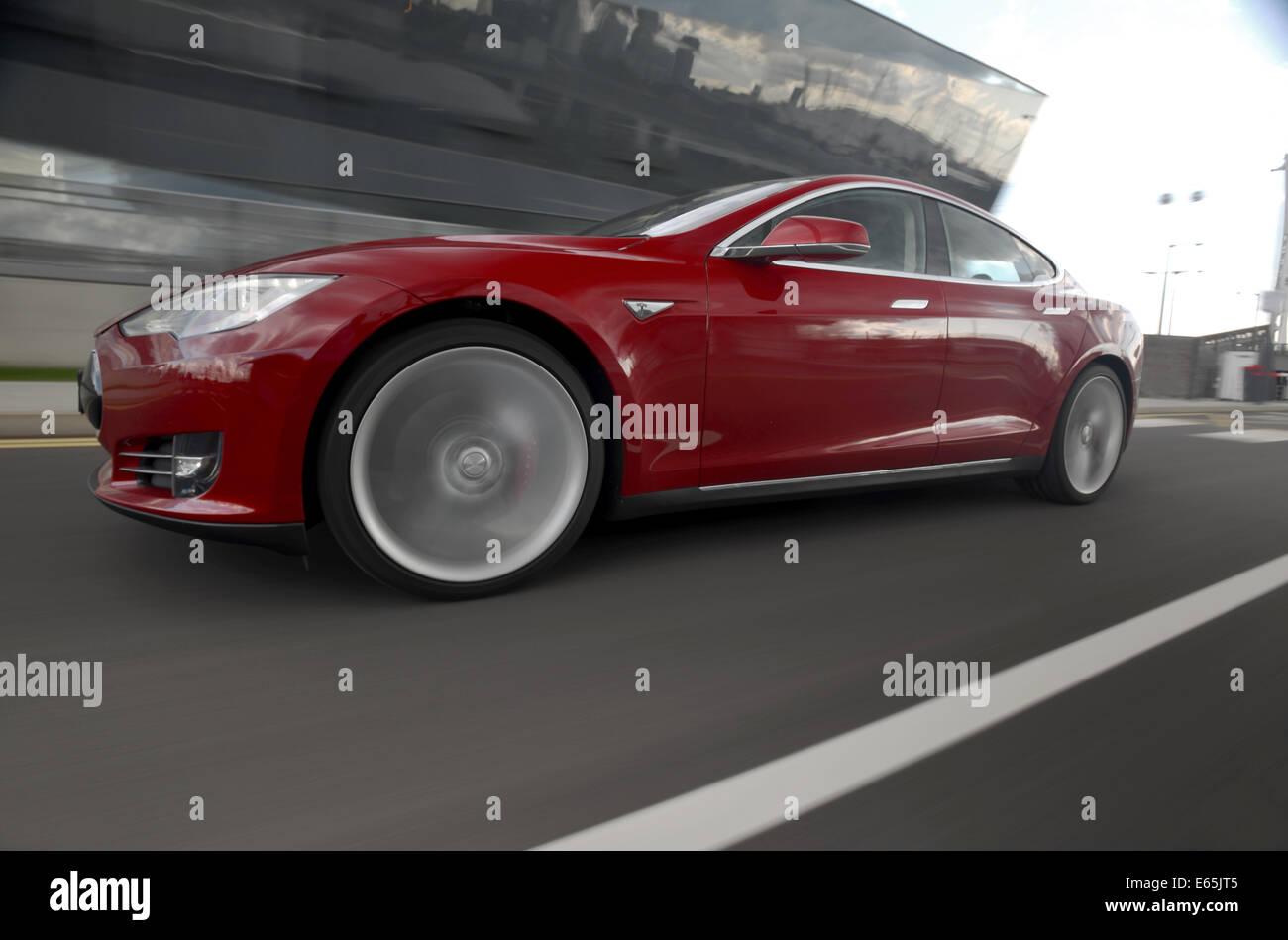 Tesla Model S electric luxury sports saloon car - Stock Image