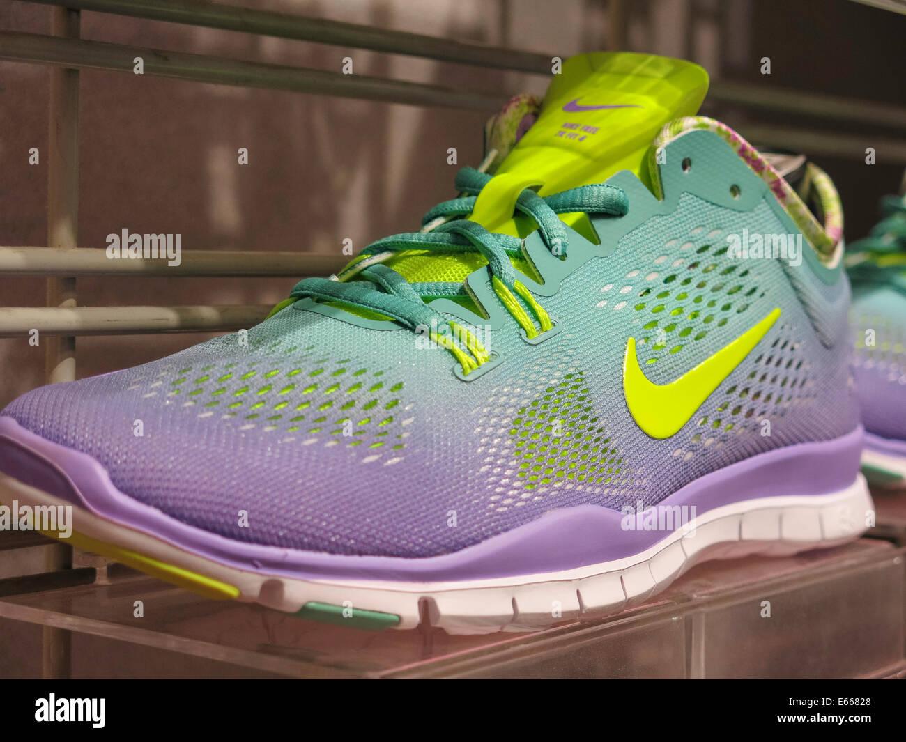 de949bf7462f1a Nike Shoe Stock Photos   Nike Shoe Stock Images - Alamy