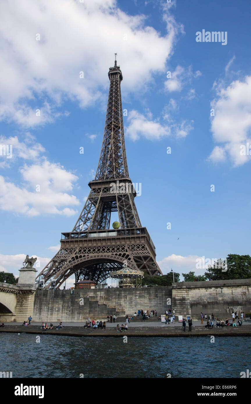 The Eiffel Tower seen from river Seine in Paris, France - Stock Image
