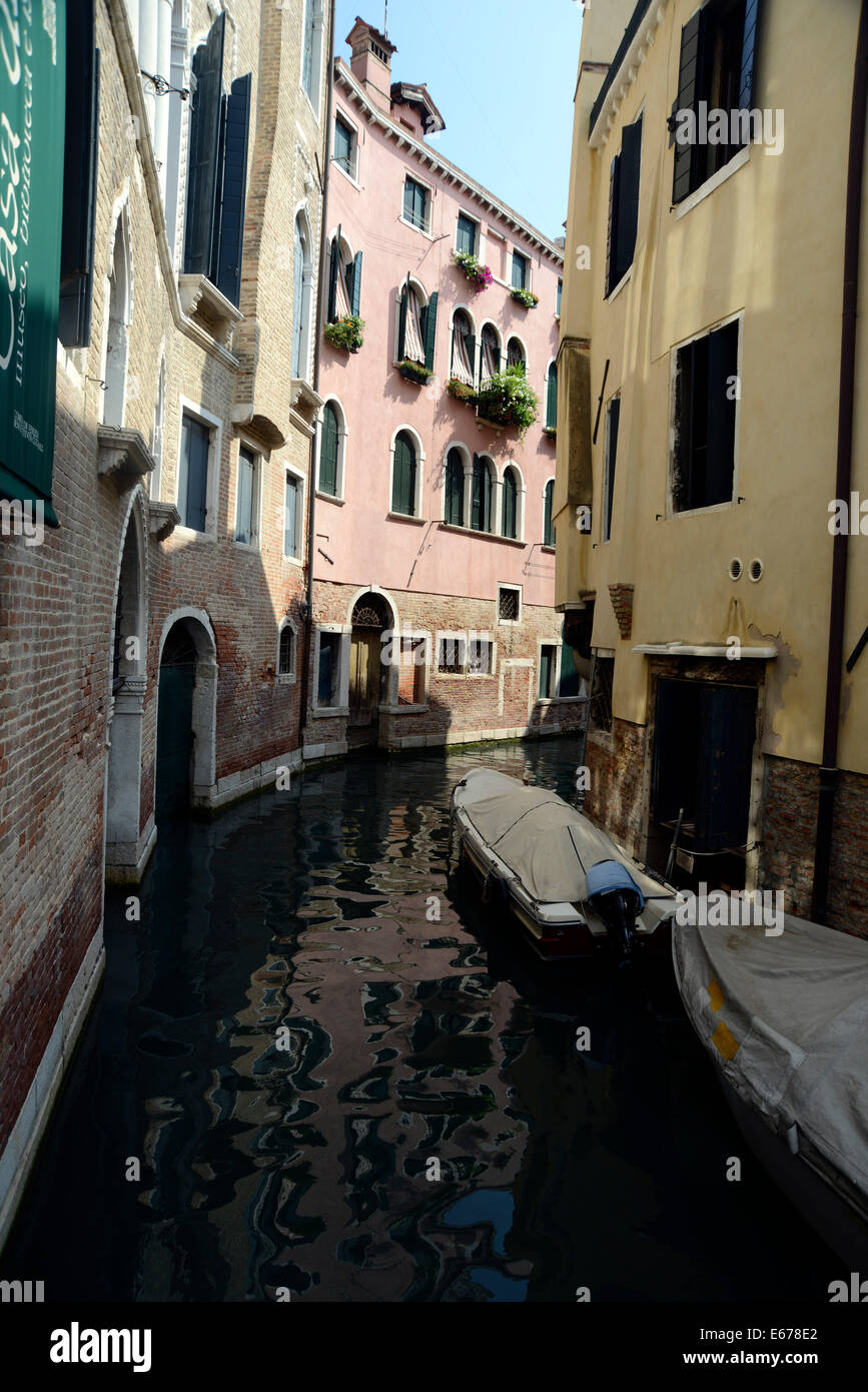 Italy Venice San Polo a quite side canal of Venice - Stock Image