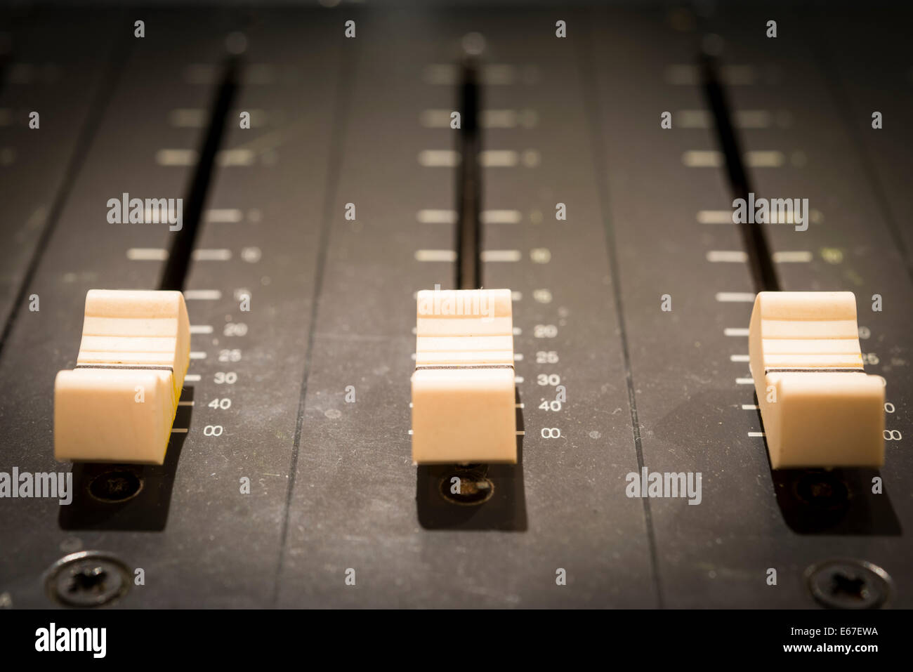 Mixing Desks High Resolution Stock Photography and Images - Alamy