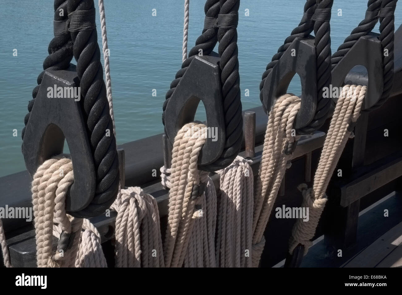 Ropes and Rigging on a Spanish caravel type vessel - Stock Image