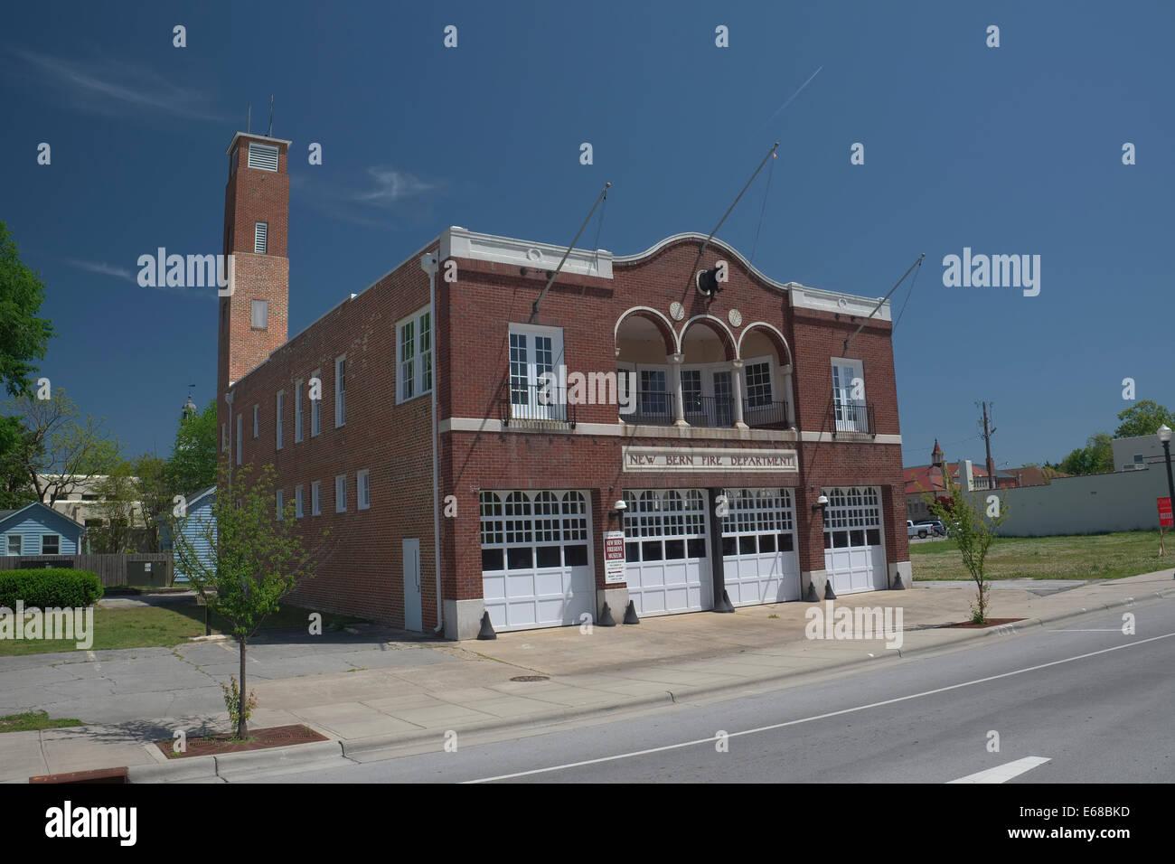 Old New Bern fire Department building on Broad Street. New Bern, North Carolina - Stock Image