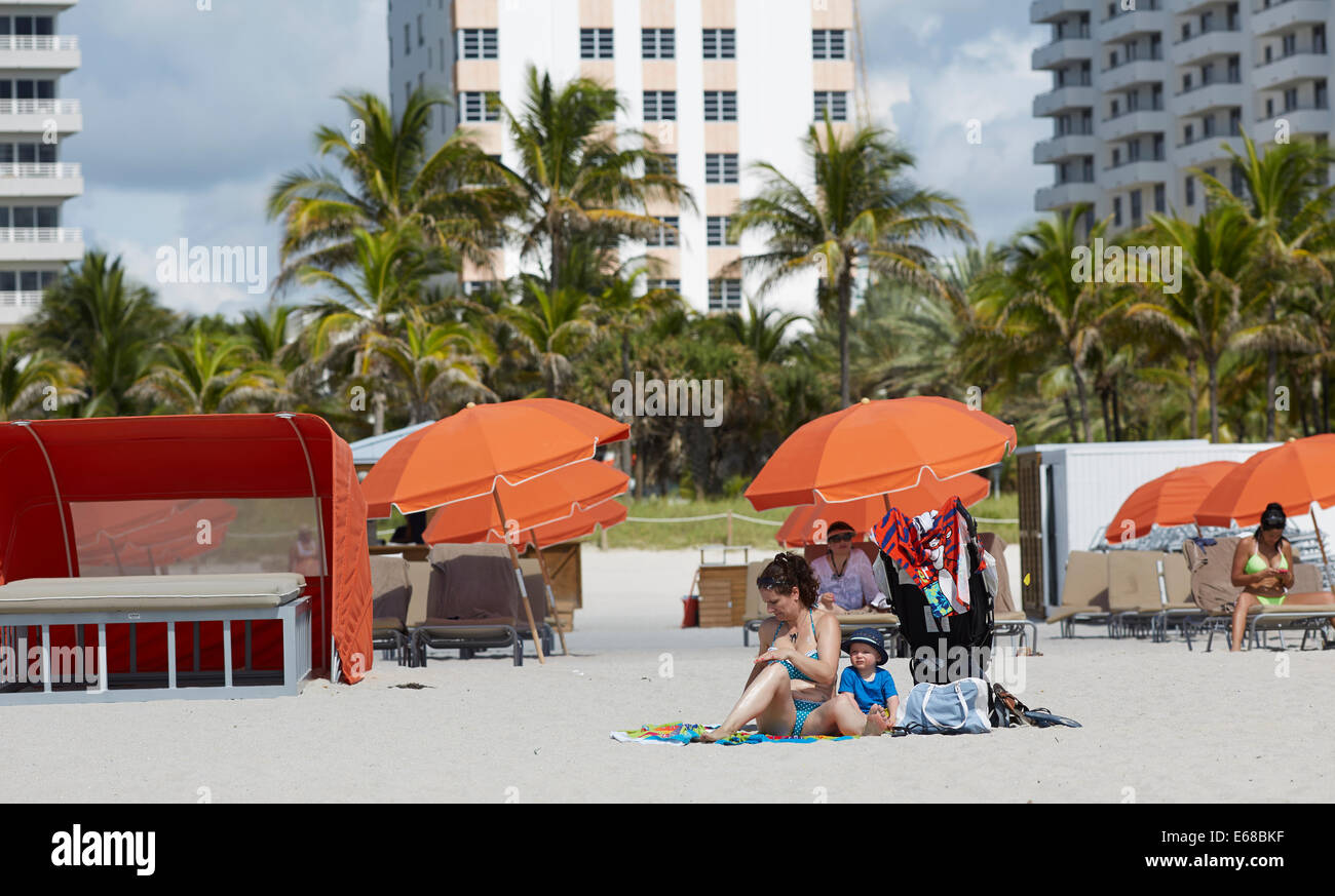 Marie Barber William Waugh on South Beach on Ocean Drive, Miami in Florida USA - Stock Image