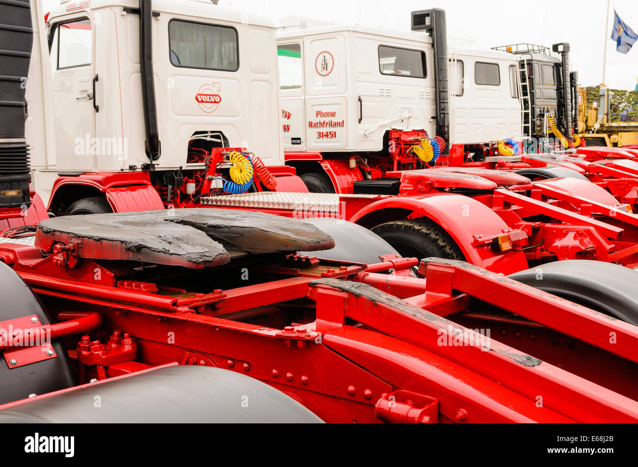 Articulating (rotating) hitches on tractor units of articulated lorries - Stock Image