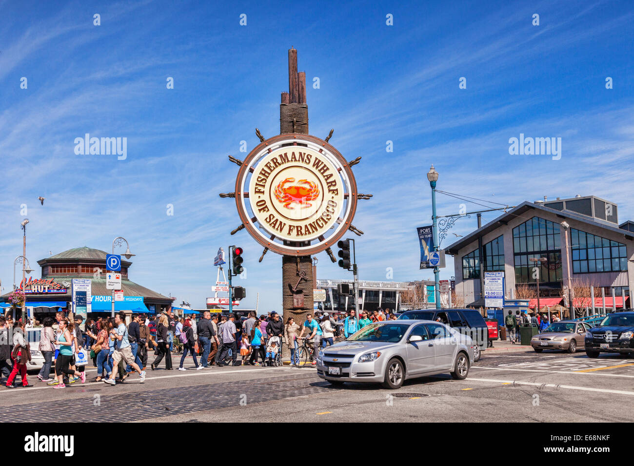 Crowds of people on a busy weekend at Fishermans Wharf, San Francisco. - Stock Image