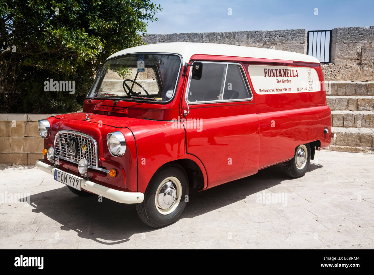 old bedford ca panel van mdina malta stock photo. Black Bedroom Furniture Sets. Home Design Ideas