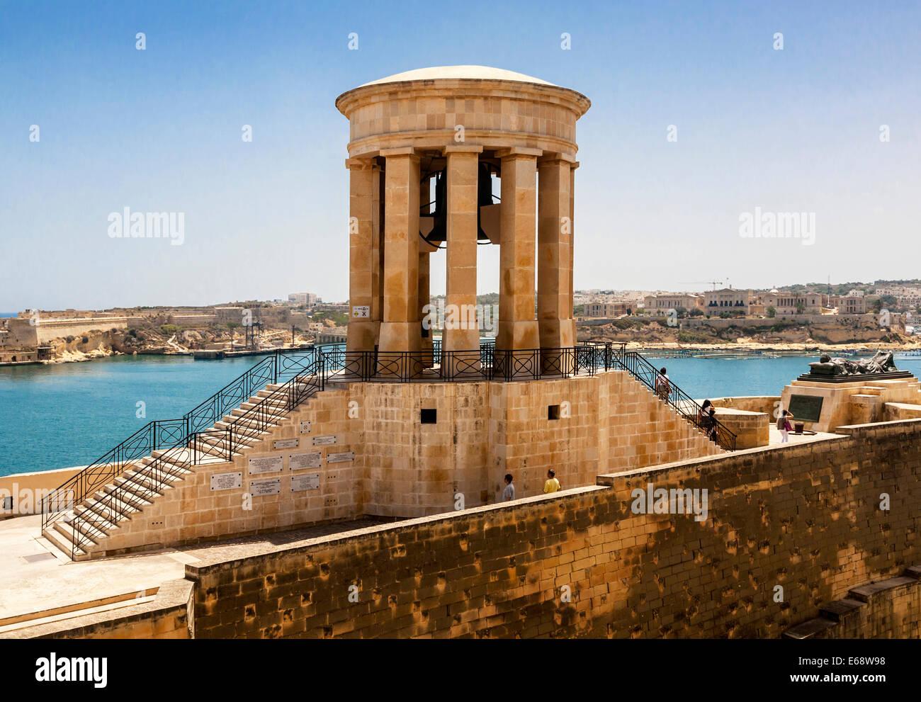 The Siege Bell War Memorial  at Lower Barrakka Gardens, Valletta, Malta - Stock Image
