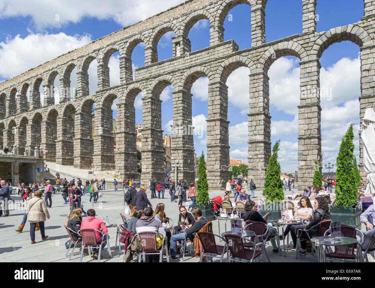 Roman Aqueduct, 1- 2.Jh AD, Segovia, Castile and León, Spain - Stock Image