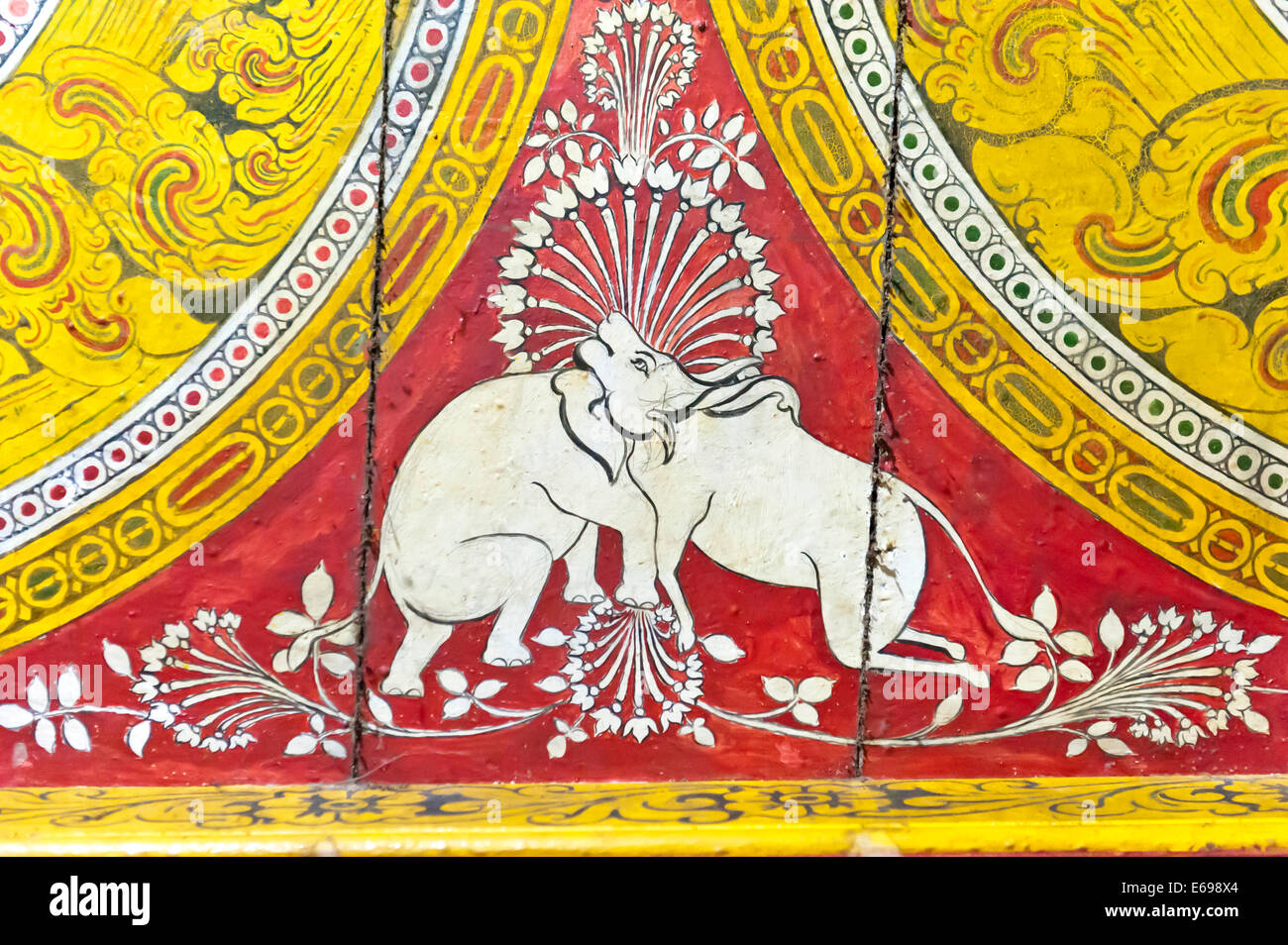 Buddhist painting on wood, optical illusion, elephant and cow with just one head, Dowa Temple, rock temple, Bandarawela - Stock Image