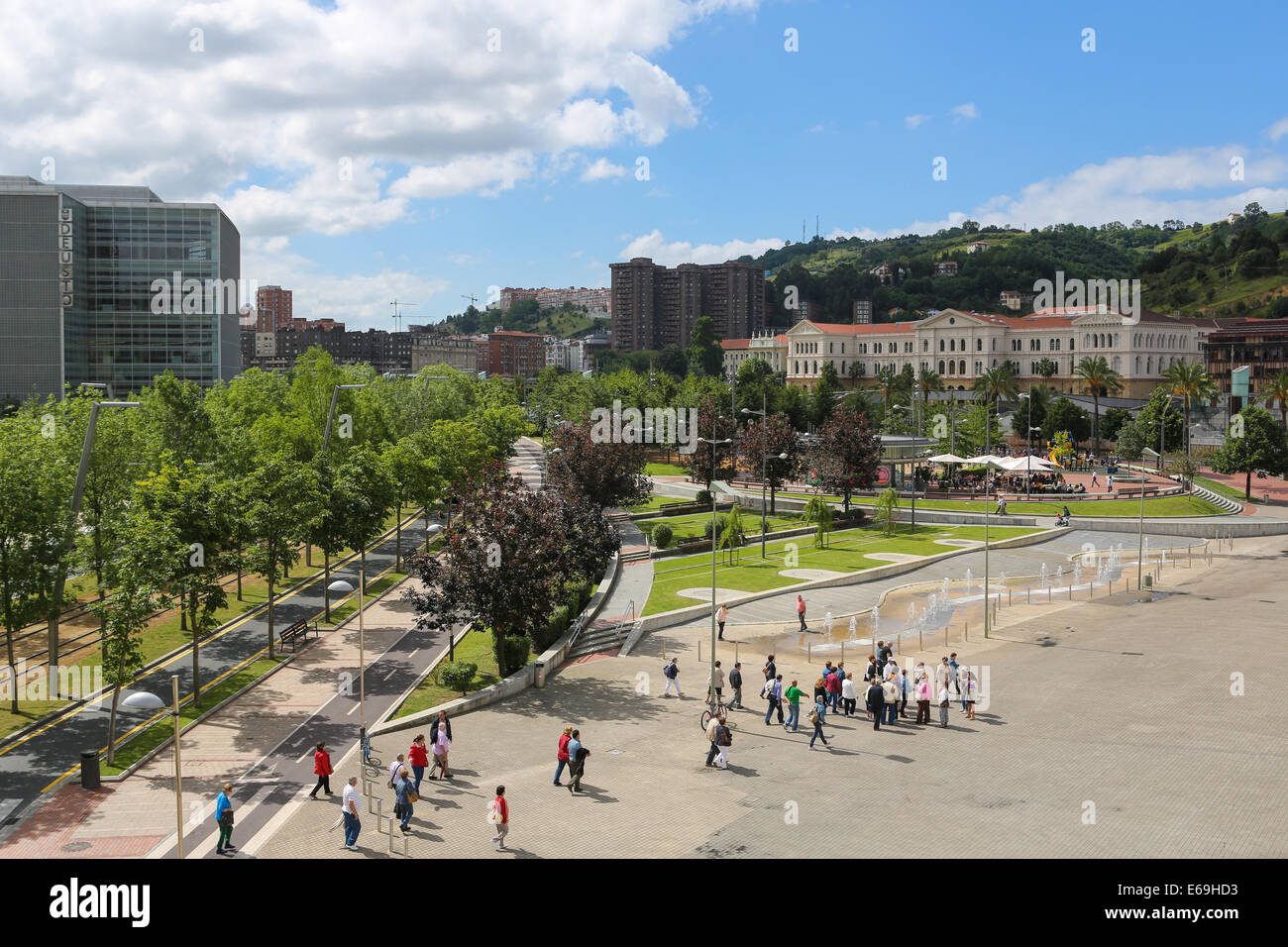 BILBAO, SPAIN - JULY 10, 2014: Unidentified people in the center of Bilbao, Basque country, Spain. - Stock Image