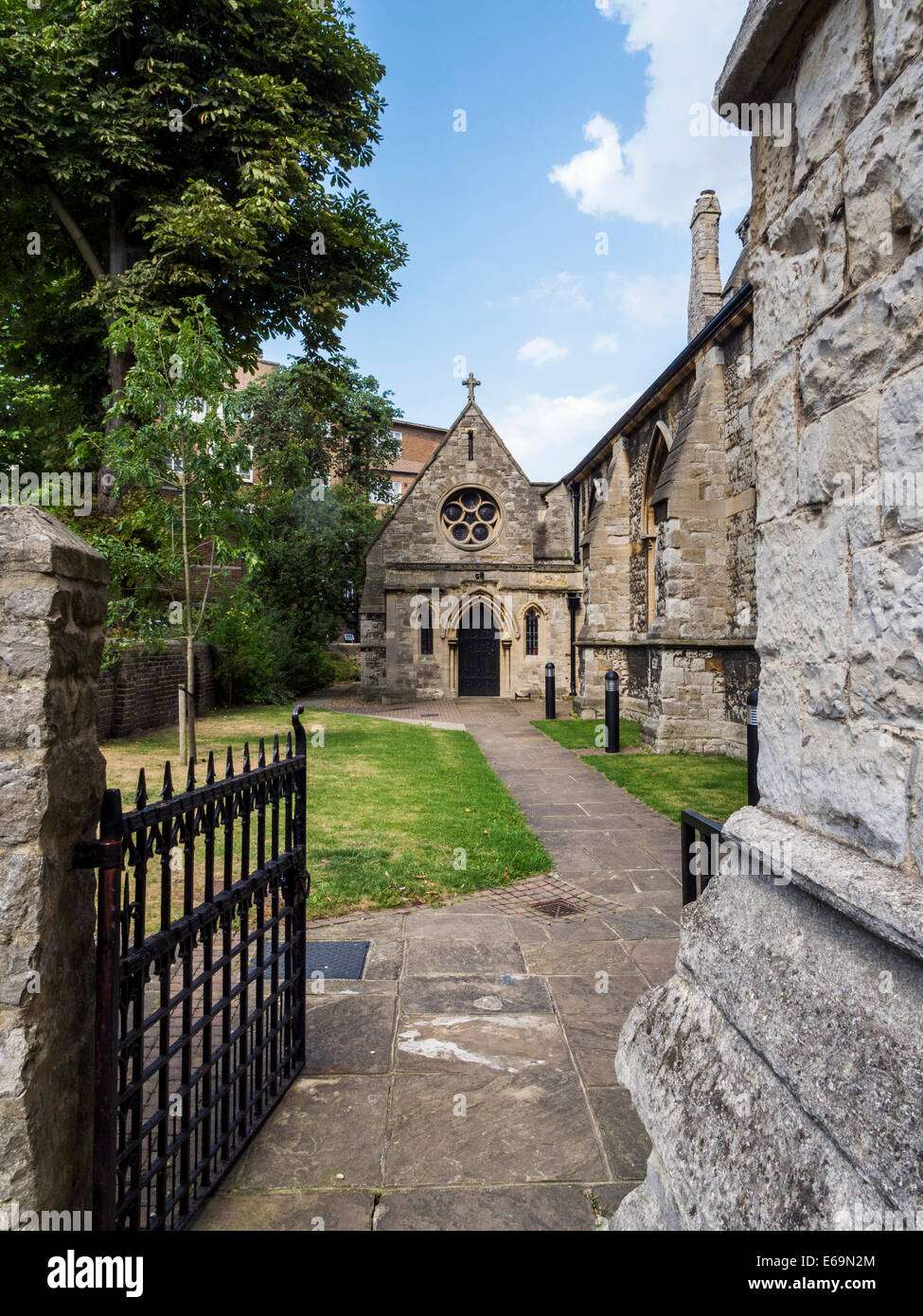 St. Mathias Anglican Church exterior - stone Gothic style Grade ll listed building -  Richmond upon Thames, Surrey, - Stock Image