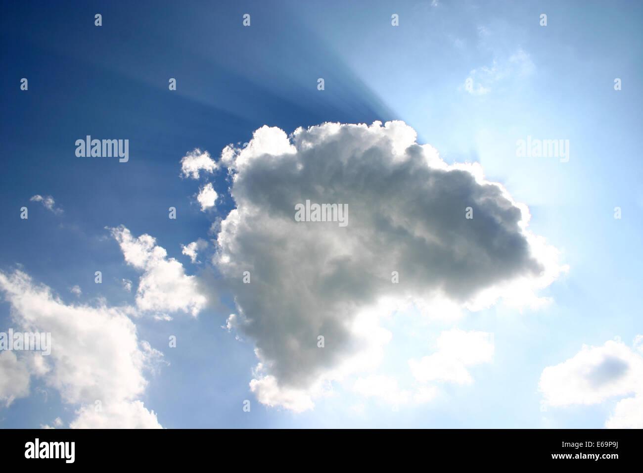 backlighting, back lit,sky,cloudscape,sunlight - Stock Image