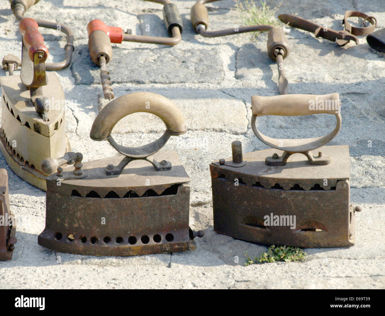 Exibition of old items at the antique fair - Stock Image