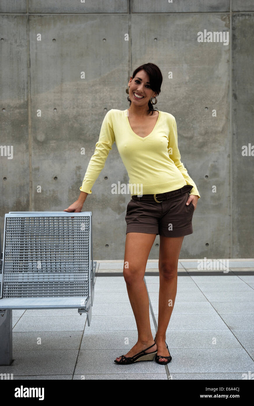 young woman,woman,full length - Stock Image
