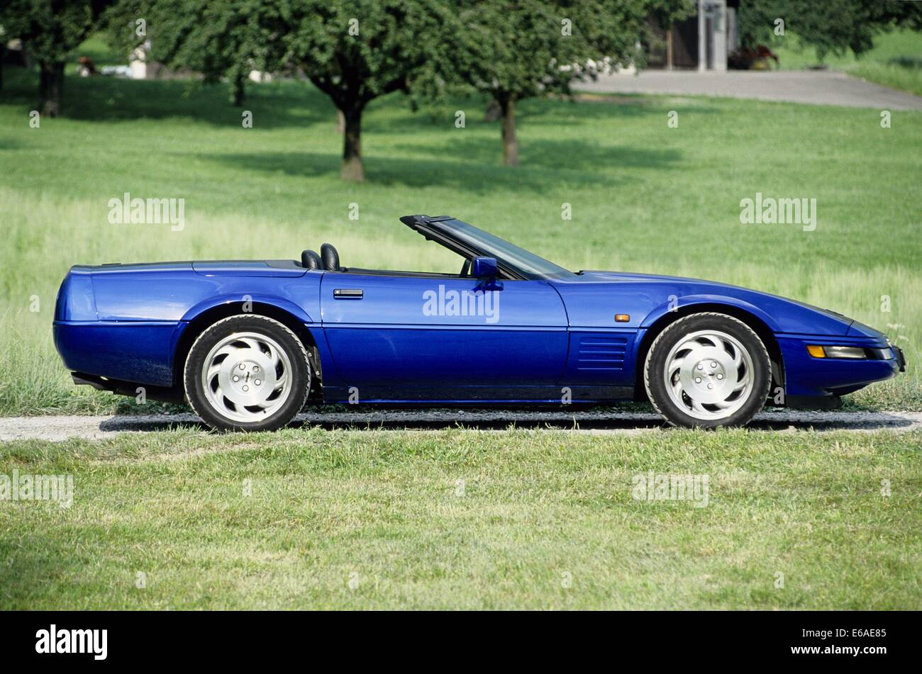 Chevrolet Corvette C4 fourth generation - 1994 Model Year in blue