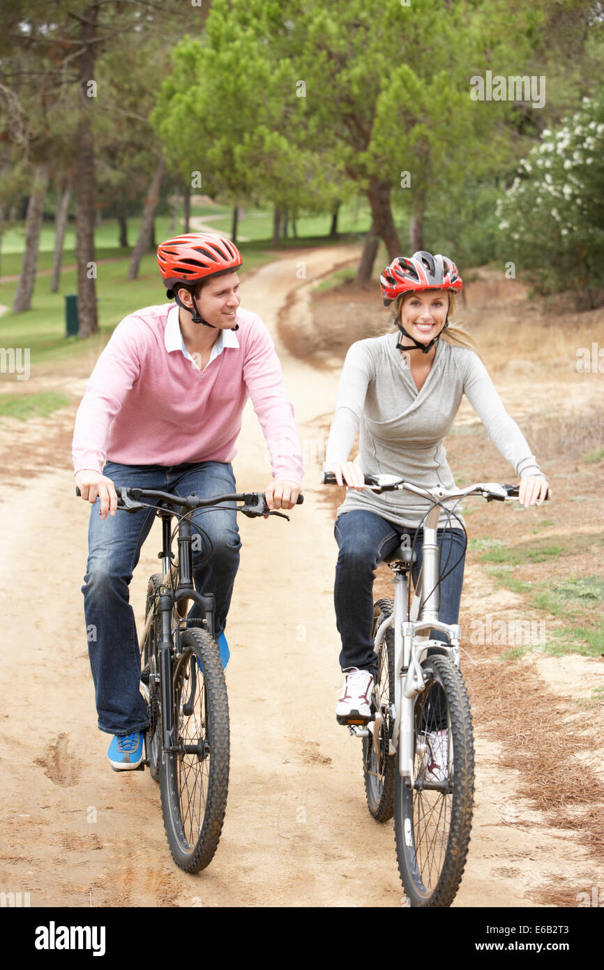 Cyclistscyclinglove Couple Stock Photo 72773123 Alamy