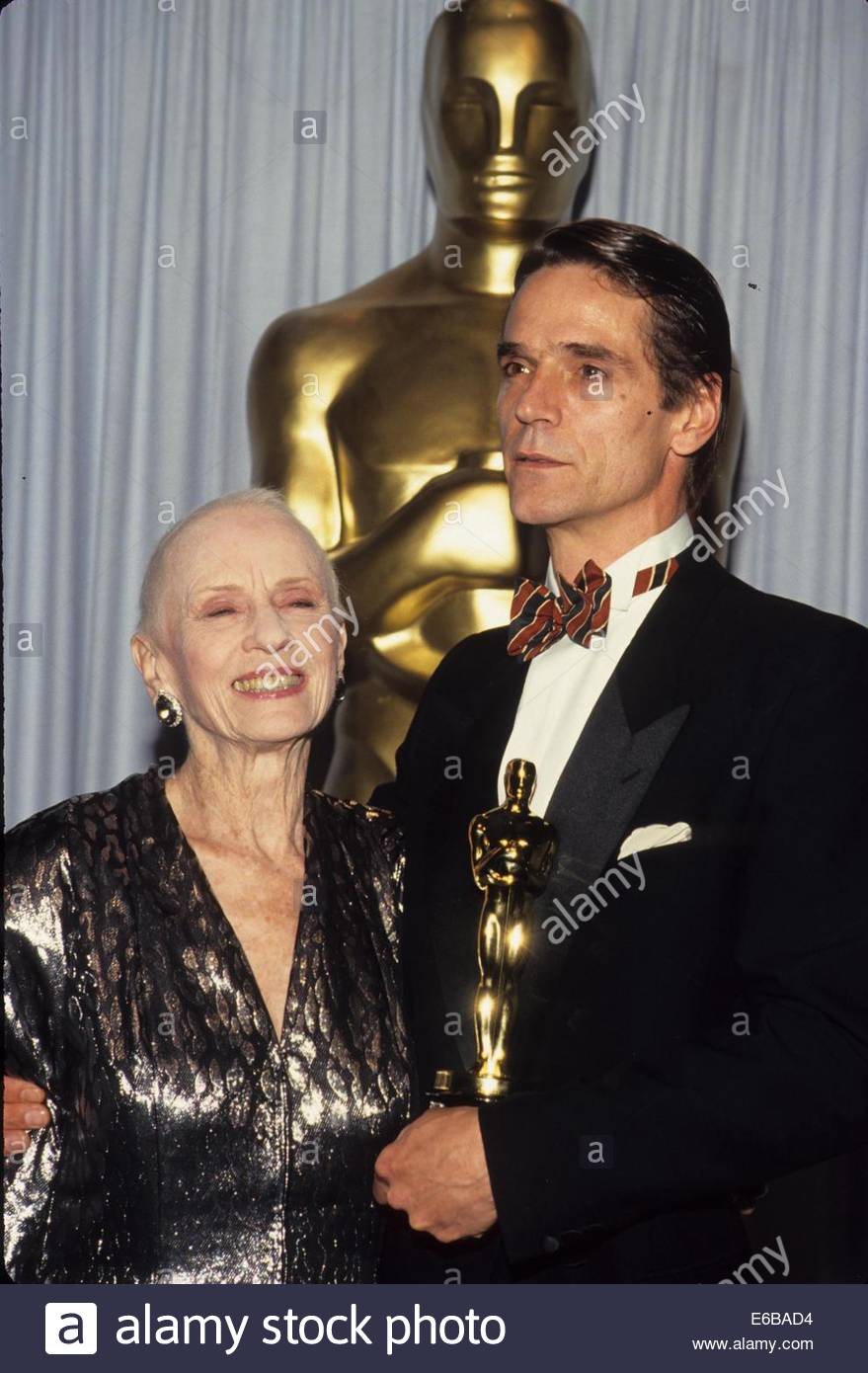 JEREMY IRONS With Jessica Tammy At Oscar Academy Awards 1991l1289Credit Image