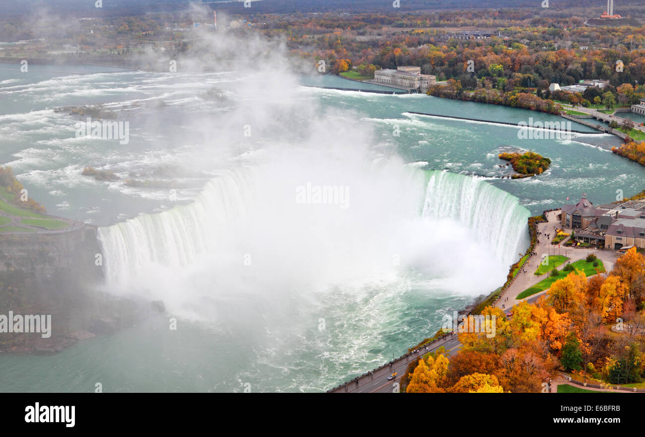 Niagara Falls with fall colors - Stock Image