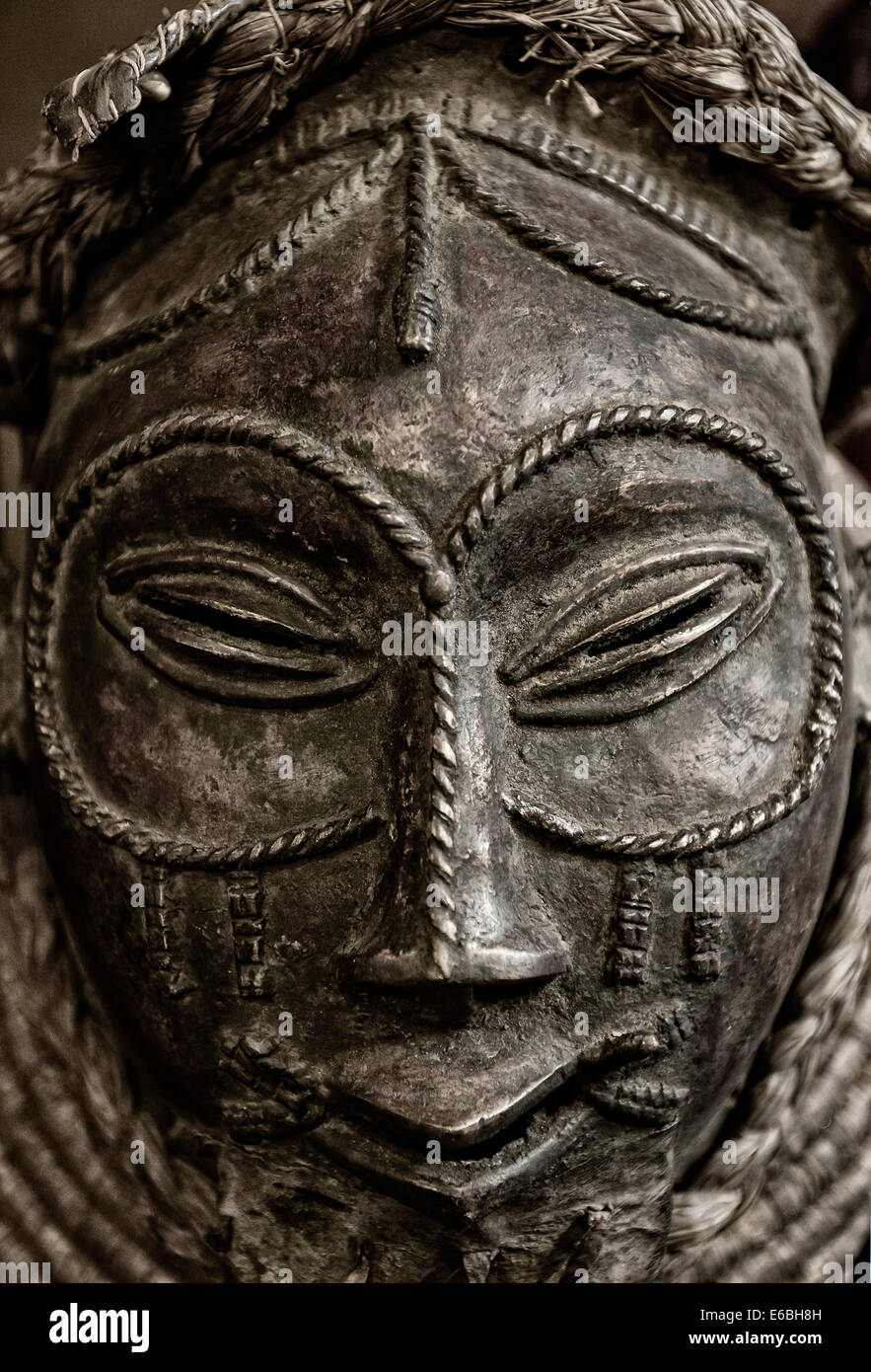 Traditional African tribal mask. - Stock Image