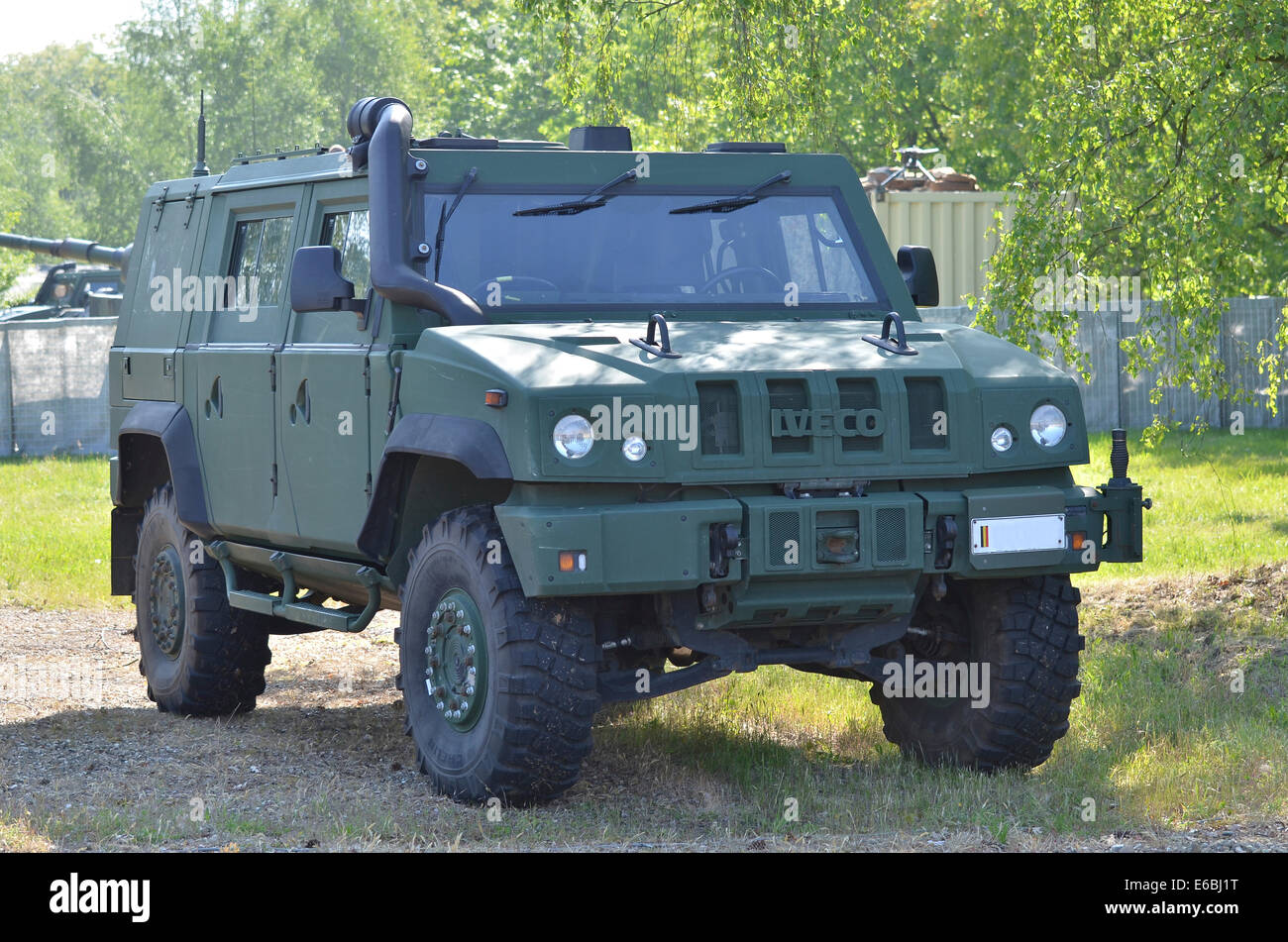 Iveco 4x4 Stock Photos & Iveco 4x4 Stock Images - Alamy