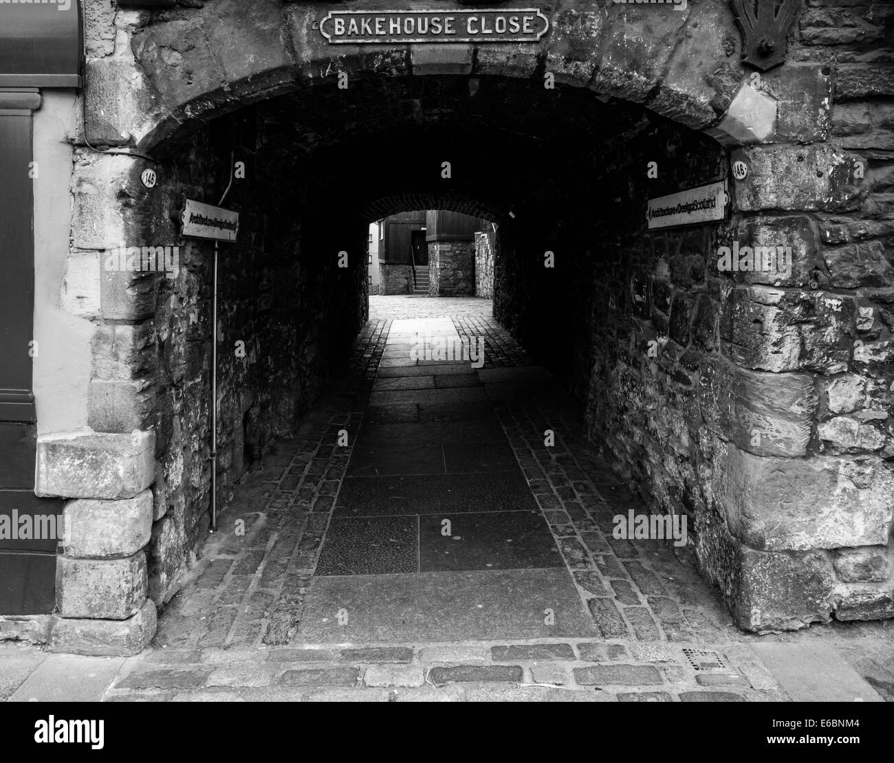 Bakehouse close Edinburgh - Stock Image